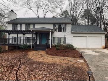 Photo one of 370 Roswell Farms Rd Roswell GA 30075 | MLS 6501625