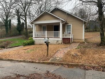 Photo one of 1871 Center Ave East Point GA 30344 | MLS 6842881