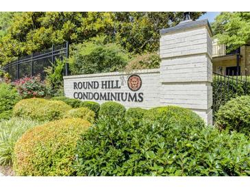 Photo one of 5400 Roswell Rd # D5 Sandy Springs GA 30342 | MLS 6876527