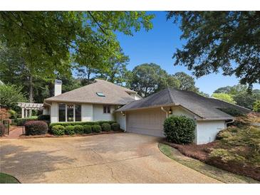 Photo one of 2590 Links End Roswell GA 30076   MLS 6914896