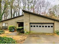 View 10050 Lake Forest Way Roswell GA