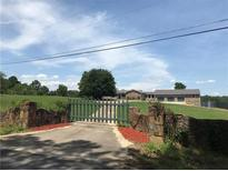 View 5491 Hillview Dr Sw Oxford GA