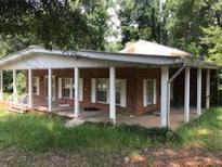 View 2620 E County Line Rd Lithia Springs GA
