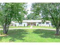 View 140 Cherokee Pl Fayetteville GA