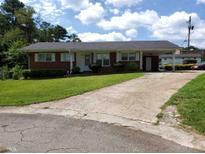 View 821 Longleaf Dr Forest Park GA