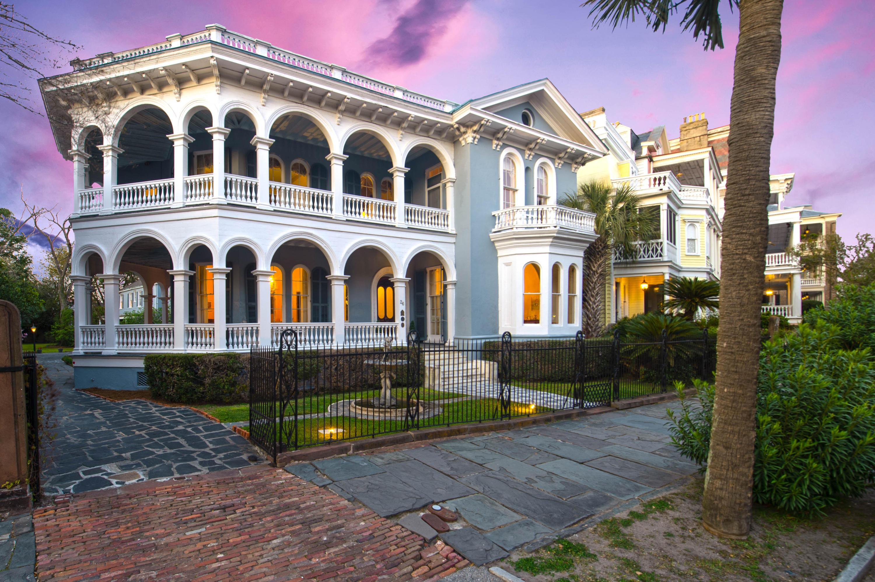 Photo one of 26 South Battery Charleston SC 29401 | MLS 18007821