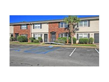Photo one of 415 Parkdale Dr # 6-D Charleston SC 29414 | MLS 20031503