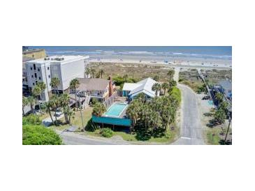 Photo one of 220 W Arctic Ave Folly Beach SC 29439 | MLS 21011547