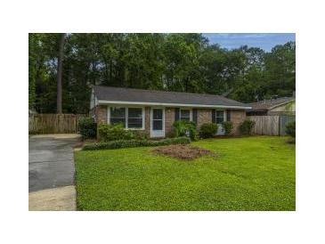 Photo one of 328 Sprucewood Dr Summerville SC 29485   MLS 21015335
