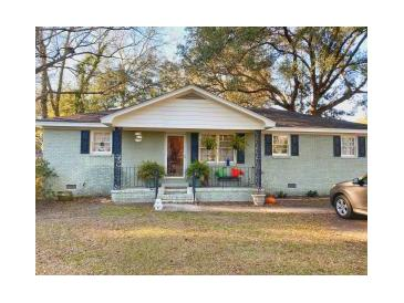Photo one of 100 Holly Ave Summerville SC 29485 | MLS 21015547