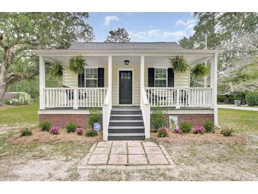 Photo one of 302 Rutherford St Summerville SC 29483 | MLS 21018737