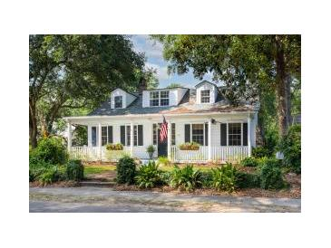 Photo one of 512 Royall Ave Mount Pleasant SC 29464   MLS 21019476