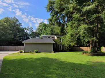 Photo one of 117 Sumners Aly Summerville SC 29485   MLS 21019634