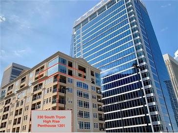 Photo one of 230 S Tryon St # 1201 Charlotte NC 28202 | MLS 3552747