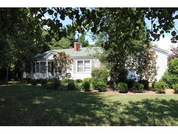 Photo one of 10424 Rozzelles Ferry Rd Charlotte NC 28214 | MLS 3646742
