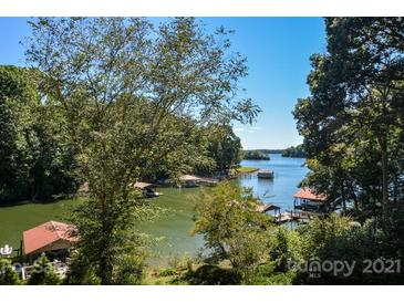Photo one of 115 Heron Point None # 29 Statesville NC 28677 | MLS 3667123