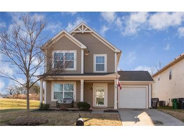 Photo one of 916 Harrier Rd Charlotte NC 28216 | MLS 3695428