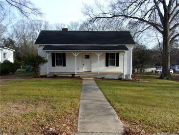 Photo one of 502 N East Ave Kannapolis NC 28083 | MLS 3695978