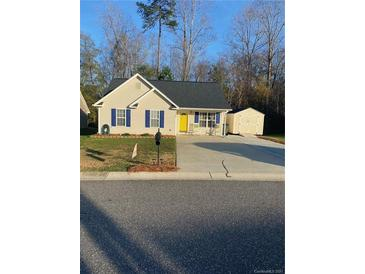 Photo one of 5209 N Park Place N Dr # 13 Dallas NC 28092 | MLS 3697578