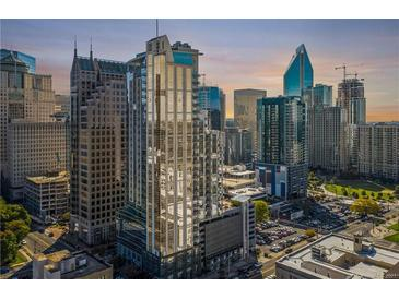 Photo one of 333 W Trade St # 2106 Charlotte SC 28202 | MLS 3698200