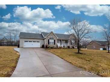 Photo one of 4388 Claralee Ln Hickory NC 28602 | MLS 3706598