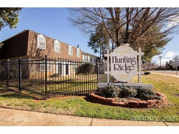 Photo one of 5829 Hunting Ridge Ln # D Charlotte NC 28212 | MLS 3709494