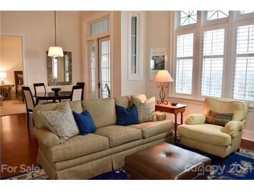 Photo one of 2810 Selwyn Ave # 416 Charlotte NC 28209 | MLS 3709799