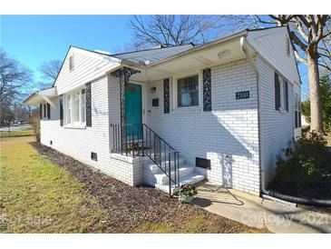 Photo one of 2100 Dickens Ave Charlotte NC 28208 | MLS 3710958