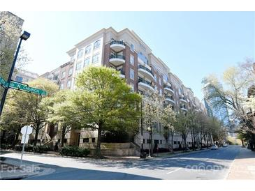 Photo one of 400 N Church St # 420 Charlotte NC 28202 | MLS 3714997
