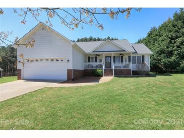 Photo one of 884 Creekside Dr # 21 Lincolnton NC 28092 | MLS 3723783