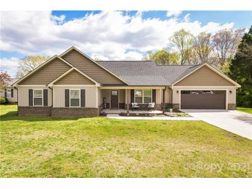 Photo one of 611 Peigler Nw St Concord NC 28027 | MLS 3724443