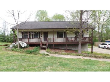 Photo one of 1180 Zion Church Rd Hickory NC 28602 | MLS 3728824