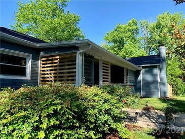 Photo one of 225 Atkinson Dr Charlotte NC 28214 | MLS 3728827
