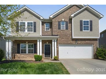 Photo one of 6942 Barefoot Forest Dr Charlotte NC 28269 | MLS 3732072