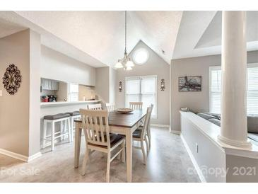 Photo one of 226 Queens Rd # 72 Charlotte NC 28204 | MLS 3732784