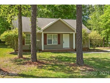 Photo one of 6215 Carver Blvd Charlotte NC 28269 | MLS 3733182