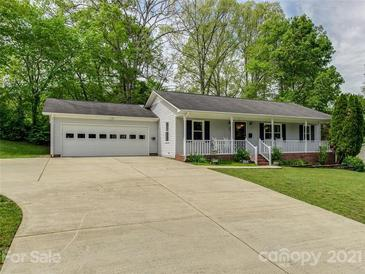 Photo one of 205 W Nims Ave Mount Holly NC 28120 | MLS 3733326