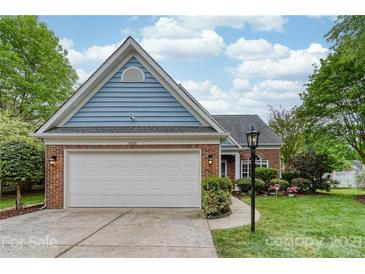 Photo one of 11820 Song Sparrow Ln Charlotte NC 28269   MLS 3733401