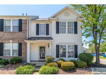 Photo one of 4214 Coulter Xing Charlotte NC 28213   MLS 3733485