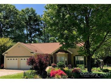 Photo one of 5305 Timberbluff Dr Charlotte NC 28216 | MLS 3733602