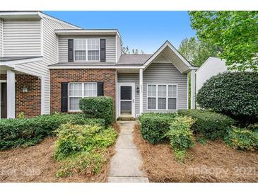 Photo one of 6017 Cougar Ln Charlotte NC 28269   MLS 3733678