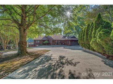Photo one of 12601 Withers Cove Rd Charlotte NC 28278 | MLS 3734965