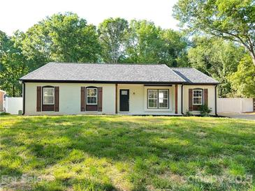 Photo one of 9214 New Towne Dr Matthews NC 28105 | MLS 3735126