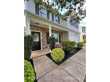 Photo one of 8615 Earthenware Dr Charlotte NC 28269 | MLS 3737758