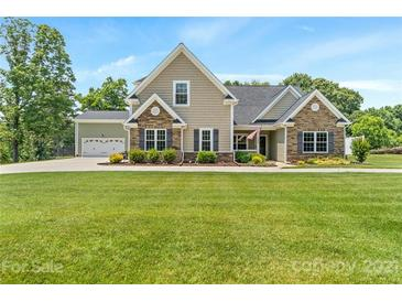 Photo one of 568 Wiggins Rd Mooresville NC 28115 | MLS 3740907