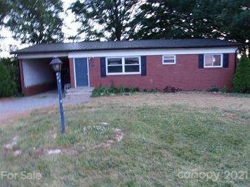 Photo one of 374 Chestnut Grove Rd Statesville NC 28625 | MLS 3744698