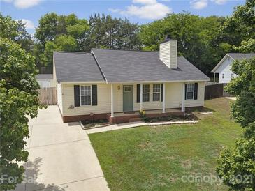 Photo one of 7228 Flodden Field Ct Charlotte NC 28217   MLS 3745311