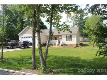 Photo one of 156 Swann Crossing Ln Statesville NC 28625 | MLS 3745765