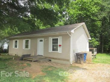Photo one of 420 N Lackey St Statesville NC 28677 | MLS 3747083