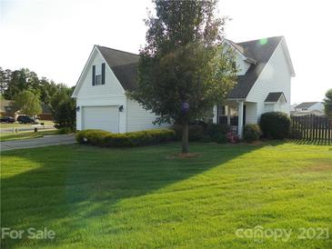 Photo one of 102 Newport Dr Kannapolis NC 28081 | MLS 3747595